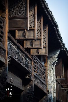 In recent years, a growing number of people choose to decorate classic Chinese style in China. Ancient Chinese Architecture, Chinese Buildings, China Architecture, Architecture Details, Chinese Design, Asian Design, Chinese Style, Traditional Chinese House, Patio Chino