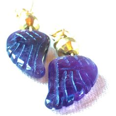 Amethyst Angel Wing Earrings, guardian angel dragon wing small... ($11) ❤ liked on Polyvore featuring jewelry, earrings, amethyst jewelry, earring jewelry, bohemian style earrings, purple jewelry and boho jewelry