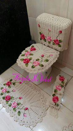 Crochet afghan pictures baby blankets Ideas for 2019 Appliques Au Crochet, Crochet Applique Patterns Free, Embroidery Patterns, Free Crochet, Crochet Towel, Crochet Doilies, Crochet Crafts, Crochet Projects, Crochet Flower Tutorial
