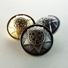 Quantity : 6 pcs Condition: 100% new Material: Metal Color : As picture Size : 0.59~0.98 inch(15~25mm)  This button has 3 colors: ancient silver, gold, bronze, and 5 sizes:  15mm,18mm,20mm,23mm,25mm.  Here are all sizes,colors and prices in options,please choose them carefully.  And I have more of these so If you need more, please let me know,you can send me message. If you have any question,please contact me.thank you:)