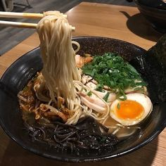 "ramen-are-the-real-men: ""Ramen-Ya "" I Love Food, Good Food, Yummy Food, One Piece Oc, Asian Recipes, Healthy Recipes, Ethnic Recipes, Food Goals, Cafe Food"