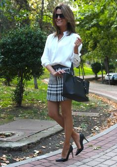 I'd wear the skirt a little longer, but I love this outfit.