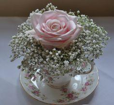 mariage vintage centre de table diy tasse porcelaine vase