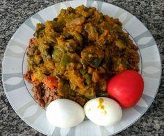 Carne moída abóbora abobrinha e berinjela cozidas 2 ovos e 1 tomate . Simples e gostoso . . #senhortanquinho #paleo #paleobrasil #primal #lowcarb #lchf #semgluten #semlactose #cetogenica #keto #atkins #dieta #emagrecer #vidalowcarb #paleobr #comidadeverdade #saude #fit #fitness #estilodevida #lowcarbdieta #menoscarboidratos #baixocarbo #dietalchf #lchbrasil #dietalowcarb