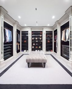 Home Remodel Curb Appeal walk in closet ideas.Home Remodel Curb Appeal walk in closet ideas Walk In Closet Design, Bedroom Closet Design, Master Bedroom Closet, Closet Designs, Master Bedrooms, Dressing Room Decor, Dressing Room Closet, Dressing Room Design, Dressing Rooms