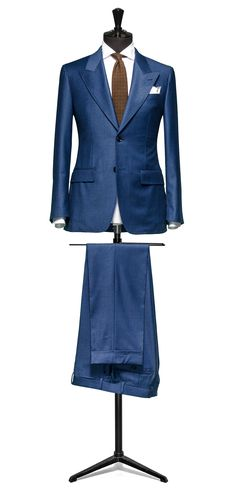Blue suit Glencheck http://www.tailormadelondon.com/shop/tailored-suit-fabric-4324-check-blue/