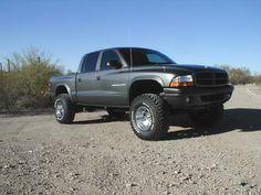 lifted dodge dakota truck | ... lift comparison (doetsch/fabtech) - Dodge Durango Forum and Dodge