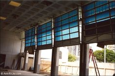 Vertical Lift Aluminum Gymnasium Garage Doors