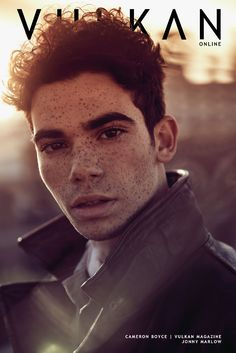 Cameron Boyce starred as the adorable and mischievous younger brother in Disney's Jessie and has been seen in an array of films like Grown Ups 1 & Mirrors and Descendents. VULKAN caught up with Cameron to talk about transitioning out of Disney, which ac Cameron Boyce Descendants, Cameron Boys, Disney Stars, Rest In Peace, Cute Guys, Celebrity Crush, Jessie, Pretty Boys, People