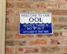 (P)ool Humor