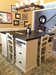 I really like this for a craft room or study/work space for kiddos DIY craft table made from IKEA parts Sweet Home, Diy Casa, Sewing Rooms, Sewing Spaces, Cheap Home Decor, Home Projects, Diy Craft Projects, Storage Spaces, New Homes