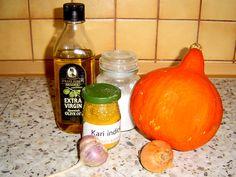 Dýně Hokaido recepty. Ty nejlepší recepty z dýně Hokaido - dýňové polévky, dýňová kaše, karbanátky z dýni nebo dýňový kompot na 2 způsoby. Spanish Olives, Cantaloupe, Pumpkin, Fruit, Vegetables, Food, Hobbies, Pumpkins, Vegetable Recipes