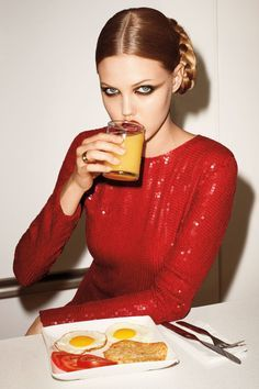 13 Diet Tricks Every Woman Should Know