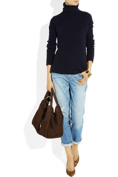 navy sweater, boyfriend jeans and leopard / animal print pumps, large leather tote. perfection