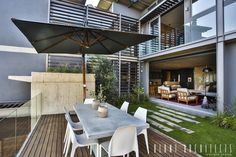 House Pautz: modern Houses by Blunt Architects Outdoor Seating Areas, Outdoor Spaces, Outdoor Decor, Patio Deck Designs, Patio Decks, South African Homes, Garden Design, House Design, Interior Decorating