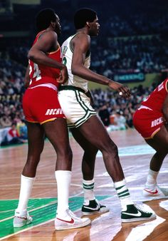 The Blazer was still going strong in 1981—we see them here on the feet of Robert Parish in a canvas construction—but by that time other more advanced models were hitting the market from Nike, like the Dynasty worn here by Moses Malone.