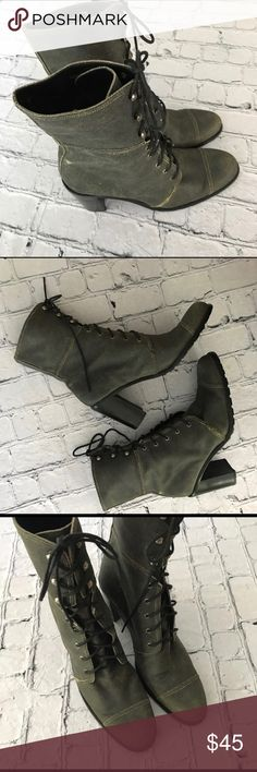 """Guess lace up gray suede block heel boats Great condition treads on the bottom. Gray sued lace up block heel boots. Size 8. Heel height 3 1/2"""". Great for the fall/winter months. Guess Shoes Lace Up Boots"""