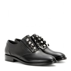 Balenciaga Embellished Leather Oxford Shoes (2.830 RON) ❤ liked on Polyvore featuring shoes, oxfords, black, black shoes, wingtip oxfords, black brogues, black leather oxfords and brogue oxford