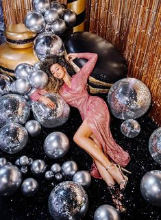Disco Theme, Disco Party, Birthday Girl Pictures, Girl Birthday, New Year Photoshoot, Party Dress Outfits, Dress Party, Fashion Photography Inspiration, Nouvel An