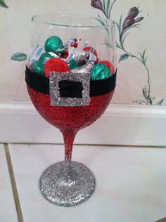 Santa Glitter Wine Glass
