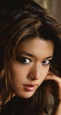 Most Beautiful Faces, Beautiful Asian Women, Beautiful Eyes, Beautiful Pictures, Native American Girls, Native American Beauty, Woman Face, Pretty Face, Pretty Woman