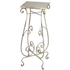 Poitiers Plant Stand