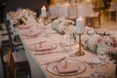 Head Table Wedding, Table Settings, Table Decorations, Home Decor, Table Top Decorations, Interior Design, Place Settings, Home Interior Design, Dinner Table Settings