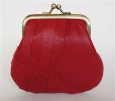 Have you ever thought of Trevi is an old lady bag? I'm so confuse! Please help me! - Page 5 - PurseForum Ladies Purse, Purses And Bags, Coin Purses, Leather Pouch, Old Women, My Style, Lady, Clutch Bags, Fossil