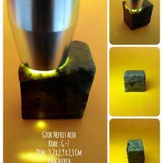 Batu Permata Giok Aceh Asli  Dims : 3,3 x 2,8 x 1,8 Cm Crystal System : Monoclinic Colour : Light to Dark Form/Habit : Massive Hardness : 6,5 to 7,5 MoHs Lustre : Dull to Waxy Streak : White Origin : Aceh  Harga diatas adalah harga nett. Ongkir Ditanggung Pembeli. Spesimen Batu Giok Nefrit Aceh ini dapat anda jadikan dua permata ukuran jumbo atau empat ukuran sedang untuk keluarga, teman dan orang yang dicintai.  Investasikan nilai rupiah anda yang terus merosot ke dalam batu permata giok…