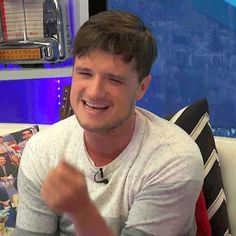 The Expressive Mr. Josh Hutcherson - Young Hollywood Interview