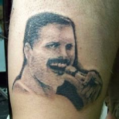 Remember those tiny microphones? Shame about the rest of this Fucked up Freddy Mercury Frankenstein tattoo. Horrible Tattoos, Weird Tattoos, Tribal Tattoos, Awesome Tattoos, Tatoos, Rock Tattoo, Fan Tattoo, Tattoo Fails, Freddie Mercury