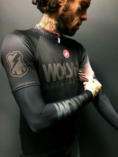 Image of WOLVH TBM CYCLING KIT