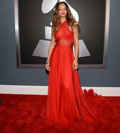 Rihanna Grammy Red Carpet | ... staring at Rihanna's fingers on the red carpet at Sunday's Grammys