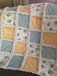 Baby Sewing Projects, Quilting Projects, Quilting Ideas, Sewing Ideas, Puffy Quilt, Rag Quilt Patterns, Baby Rag Quilts, Cute Quilts, Crochet Quilt