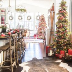 Wonderful Rustic Christmas Decoration Ideas, If want to get the idea and wished to learn how it's possible to make it. These Christmas decoration ideas may also incorporate Victorian items too, g. Days To Christmas, Christmas Kitchen, Country Christmas, Vintage Christmas, Whimsical Christmas, Primitive Christmas, Christmas Projects, White Christmas, Scandinavian Christmas