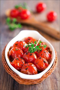 Roasted tomatoes w/ balsamic vinegar, honey & thyme