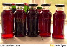 Recept na ostružinovou (malinovou, rybízovou) šťávu – ostružinový sirup Bottles And Jars, Mason Jars, Beverages, Drinks, Kimchi, Coca Cola, Pickles, Soda, Smoothies