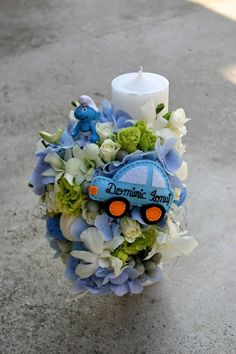 Flowers of Soul: Lumanari de botez Baptism Candle, Baby Boy Baptism, Candels, Nice Things, Christening, Wedding Flowers, Wreaths, Weddings, Table Decorations