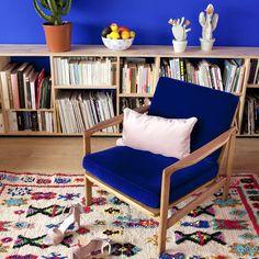 Le Girl Power s'invite dans la nouvelle collection capsule de La Seinographe La Girl, Collection Capsule, Accent Chairs, Armchair, Sweet Home, Furniture, Home Decor, Kids, Tv Storage