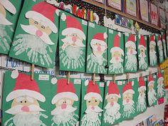 Père Noël avec les mains qui forment la barbe