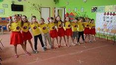 predskolaci tanec - YouTube Youtube, Basketball Court, Retro, Music, Musica, Musik, Muziek, Retro Illustration, Music Activities