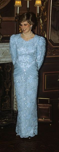 Diana, The Falcon dress on display at Kensington Palace | Diana ...