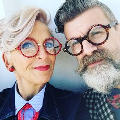 13 Stylish Older Couples Who Look Way Cooler Than Hollywood .- 13 Stylish Older Couples Who Look Way Cooler Than Hollywood Celebrities 13 Stylish Older Couples Who Look Way Cooler Than Hollywood Celebrities - Couples Âgés, Vieux Couples, Older Couples, Mature Couples, Couple Style, 50 Style, Mature Fashion, Latest Fashion For Women, Older Women Fashion