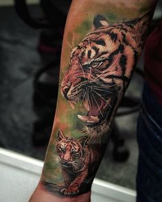Beautiful #tiger #color #realistictattoo by @ledcoult