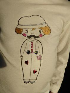 Chipy Moustache par Julie.  #Toutlemondeasachipy #Petitebiounette Moustache, Snoopy, Fictional Characters, Around The Worlds, Everything, Mustache, Fantasy Characters, Moustaches