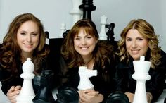 This is a picture of the Polgar sisters and is proof that pretty woman can be good at chess too!