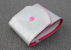 porte chéquier long pour chéquier talon côté souche verticale à gauche argenté et rose : Porte-monnaie, portefeuilles par kipapee