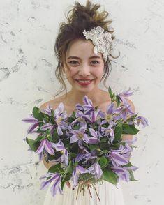 Up Styles, Hair Styles, Hair Arrange, Elegant Wedding Hair, Hair Decorations, Flower Bouquet Wedding, Wedding Makeup, Bridal Style, Headpiece