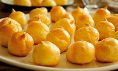 GOUGERES AU FROMAGE.