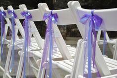Purple wedding ceremony, chair decoration. www.simones-styling.nl Trouwbeleving, Koekbouw Veghel